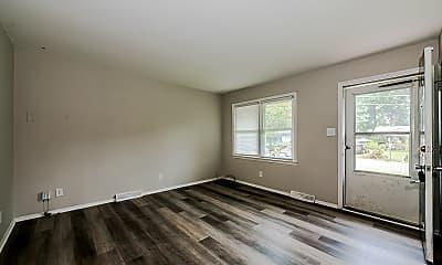 002_Living Room.jpg, 423 Edgegreen Drive, 1