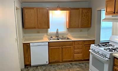 Kitchen, 322 Pine St, 1