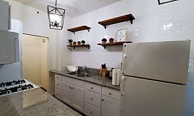 Kitchen, 833 Fedora St, 1