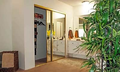 Bathroom, Vista Pointe II Apartments, 2
