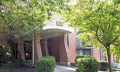 Building, Legend Park Apartments, 2