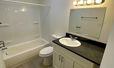 Bathroom, 6601 N Standard St, 2