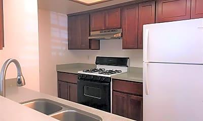 Kitchen, 1485 Bradford Way, 1