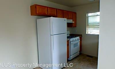 Kitchen, 3071 NE Weddell St, 1