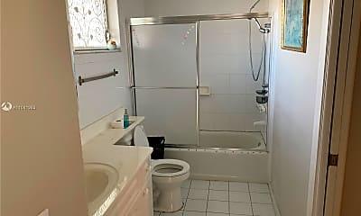 Bathroom, 2200 Park Ln 105, 2