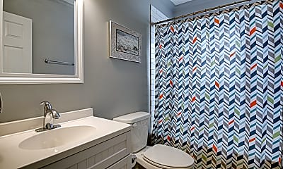 Bathroom, 2429 Jefferson Avenue, 2