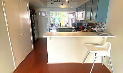 Kitchen, 600 Sheffield Ct, 1