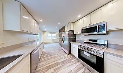 Kitchen, 13437 Wheeler Avenue, 0