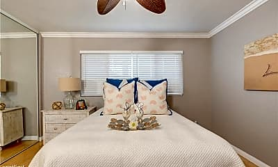 Bedroom, 785 W 19th St, 2