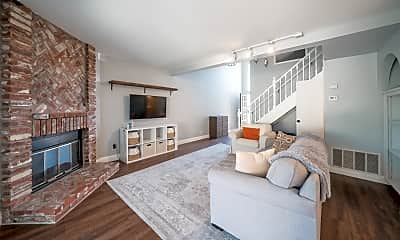 Living Room, 1808 Cottonwood Ave, 0