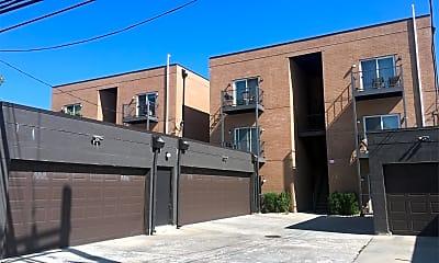 Building, 3434 N Milwaukee Ave, 2