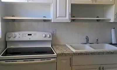 Kitchen, 1930 Jackson St 10, 2