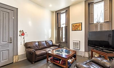 Living Room, 2318 E York St 1, 1
