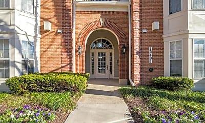 Building, 13401 Fountain Club Dr 304, 0