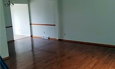 Living Room, 2742 Juno Pl, 1