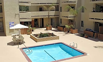 Pool, Howard Highlands, 0