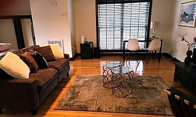 Living Room, 864 Colony Dr B29, 0