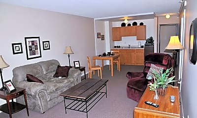 Living Room, Pinecrest Village, 1