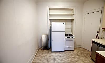 Bedroom, 3524 N Wilton Ave, 2