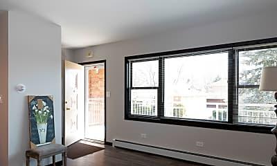 Living Room, 800 N Hamlin Ave 4A, 1
