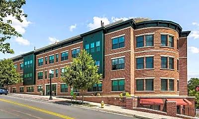 Building, 2101 N Monroe St 306, 0