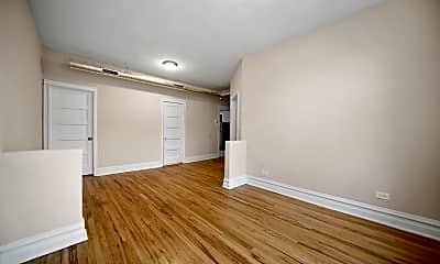 Living Room, 2257 S Oakley Ave 3F, 1