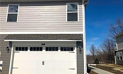 Building, 6396 Apperson Dr, 2