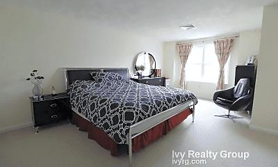 Bedroom, 100 4th St, 2