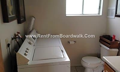 Bathroom, 2595 S 1100 E, 2