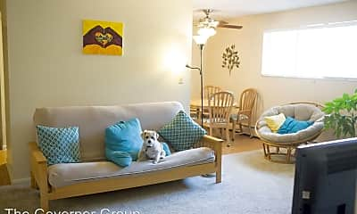 Living Room, 2046 9th St, 1
