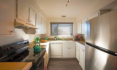 Kitchen, 801 Cliff Dr, 0