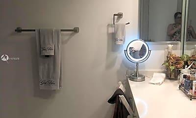 Bathroom, 1207 Bahama Bend E2, 2