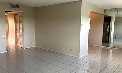 Living Room, 13250 SW 4th Ct 418G, 1