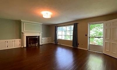 Living Room, 763 Mentor Ave, 1
