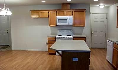 Kitchen, 9913 NE 65th St, 1