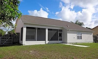 Building, 687 Parsons Circle Se, 2