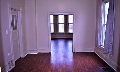 Living Room, 4835 W Congress Pkwy, 2