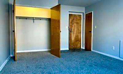 Living Room, 1516 King Ave, 0
