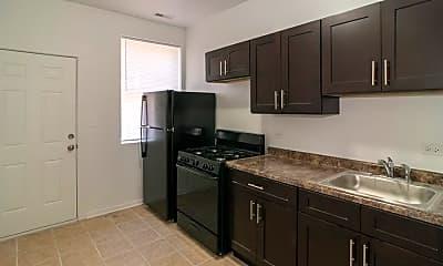 Kitchen, 4641 W Jackson Blvd, 1