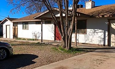 Building, 380 W Arrowhead Dr, 1