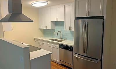 Kitchen, 4381 Utah St, 0