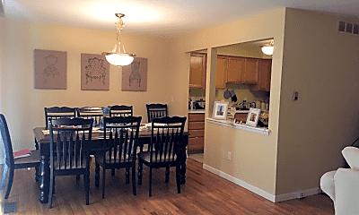 Dining Room, 426 N Fox Hills Dr, 1