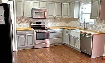 Kitchen, 3006 Canterbury Dr, 1