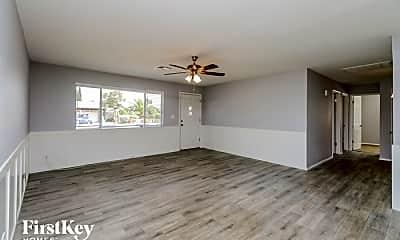 Living Room, 1275 W Ivanhoe St, 1