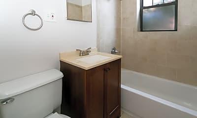 Bathroom, 139 E Oak St, 2