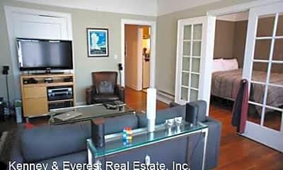 Living Room, 1379 Vallejo St, 1