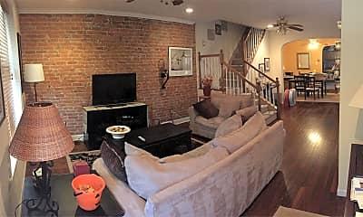 Living Room, 4331 Main St, 1