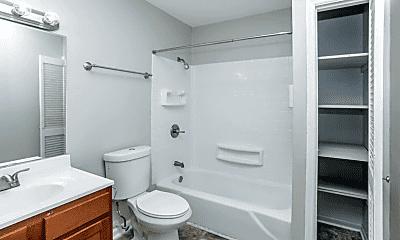 Bathroom, 1708 Jennifer Rd, 1