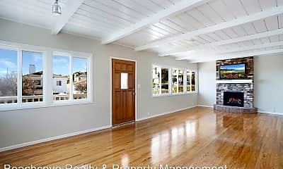 Living Room, 233 Beverly St, 1