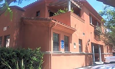 Villaggio, 0
